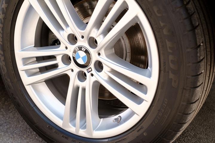 Auto Felgen Reinigung - BMW X3