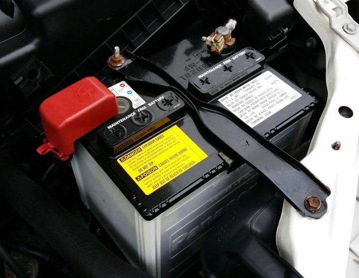 Autobatterie im Winter schuetzen