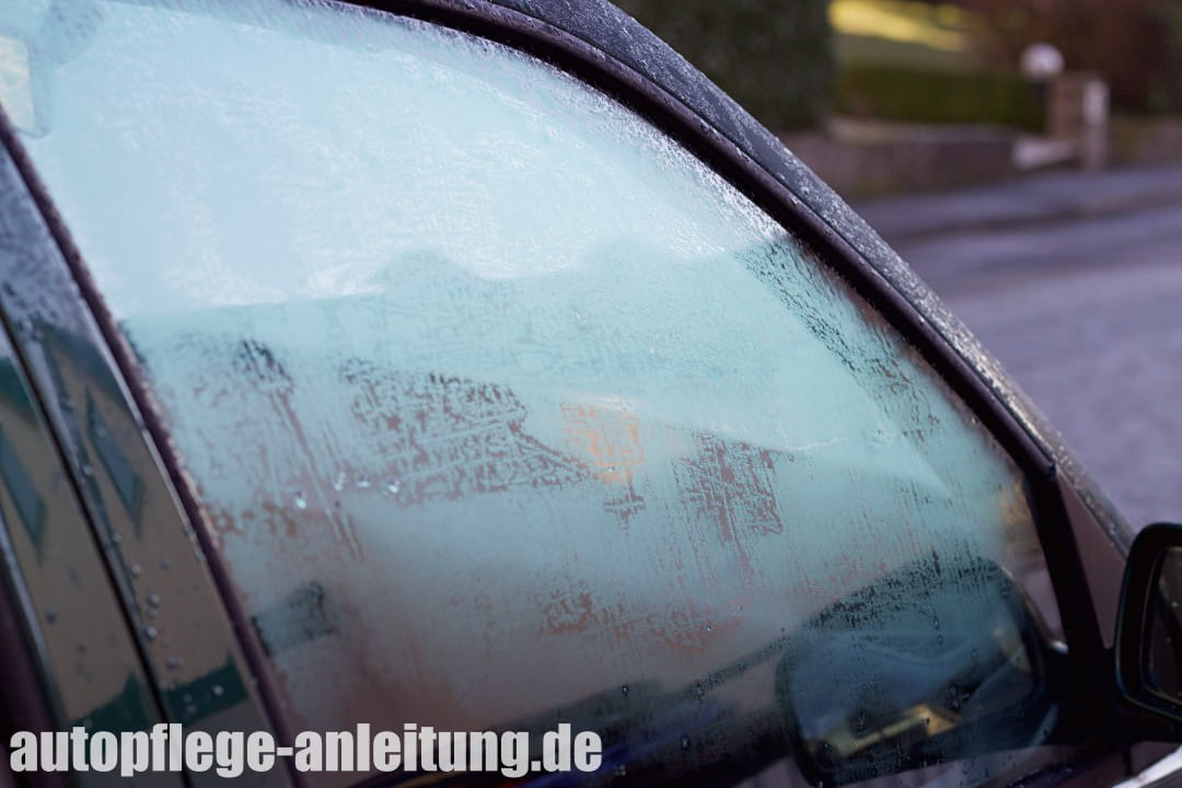 Autotuer zugefroren / vereist