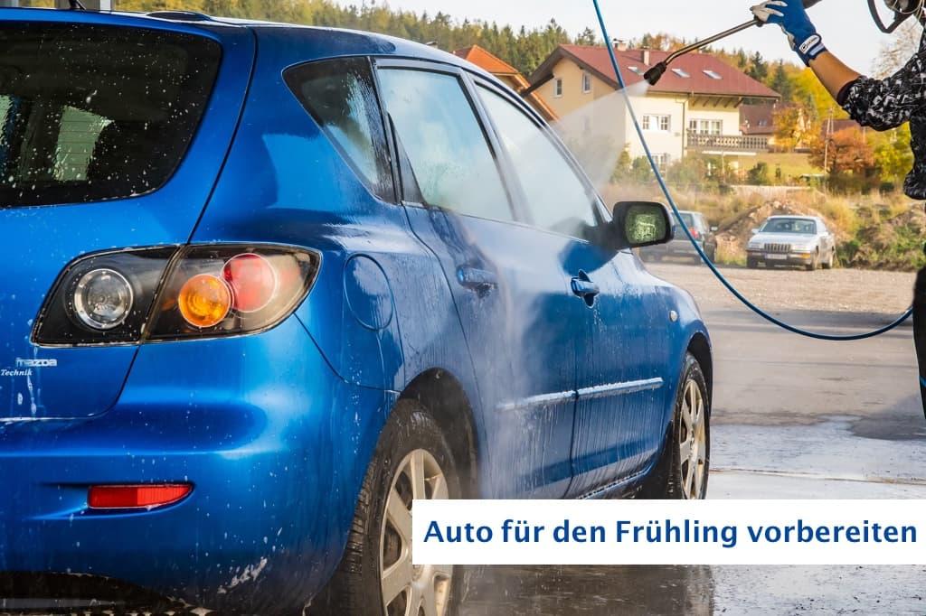 Auto fuer Fruehling vorbereiten - Autopflege