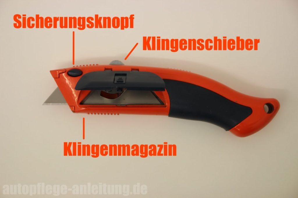 Aufbau des Teppichmessers zum Klinge wechseln